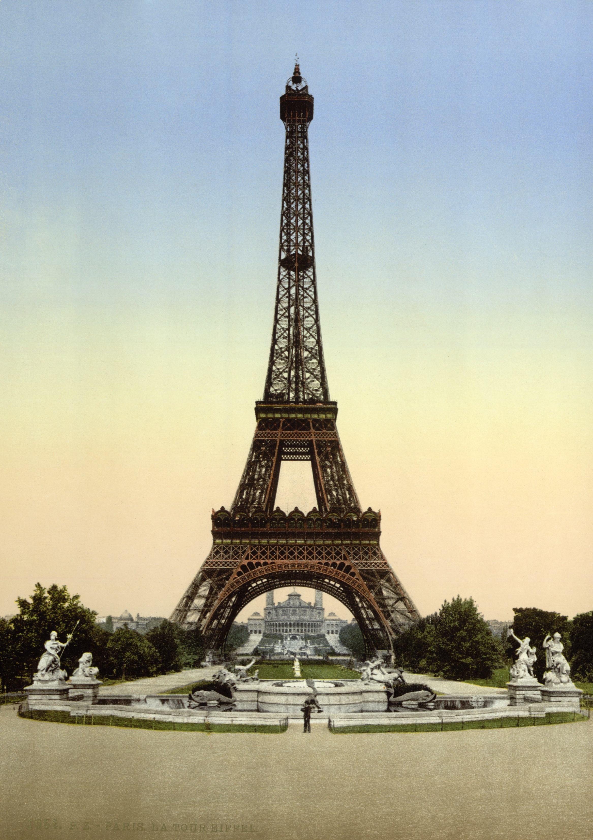 friday roundup: the Eiffel Tower of poetry, split the page, and ...