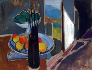 Paint_brushes_and_fruits